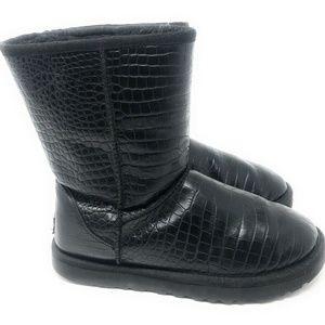 UGG Australia $175 Classic Short Croco blk leather
